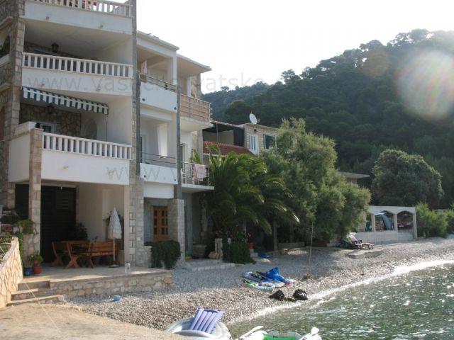 Apartmány Hvar - Tu sme boli ubytovaní Nájdite si ubytovanie v súkromných apartmánoch na ostrove Hvar