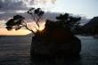 Brela pri západe slnka - Známa sklal v Brele pri západe slnka nad Jadranským morom.
