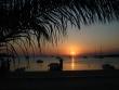 Západ slnka Novalja Chorvátsko - divadlo každý večer pri pláži na ostrove Pag